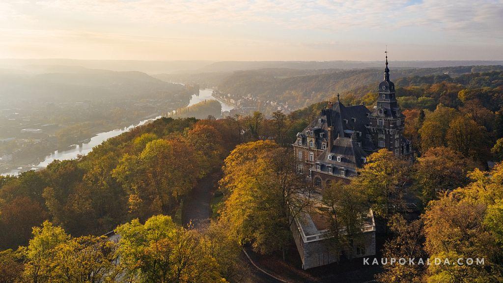Päikesetõus Namuri mägedes Belgias